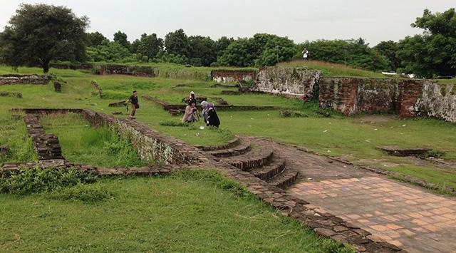 Cagar Budaya Dijadikan Tempat Mesum - Respublika.id